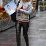Charlotte Hawkins in a Grey Sweatshirt Arrives at the Global Studios in London