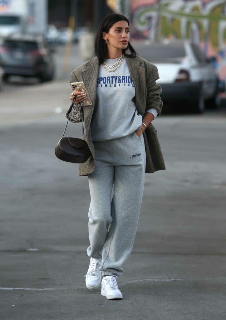 Nicole Williams in a White Sneakers