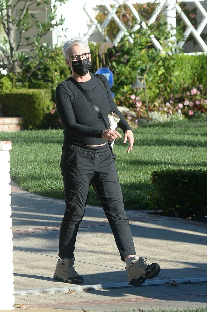 Jamie Lee Curtis in a Black Outfit
