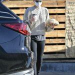 Kate Mara in a Grey Sweater Goes on a Food Run in Los Feliz
