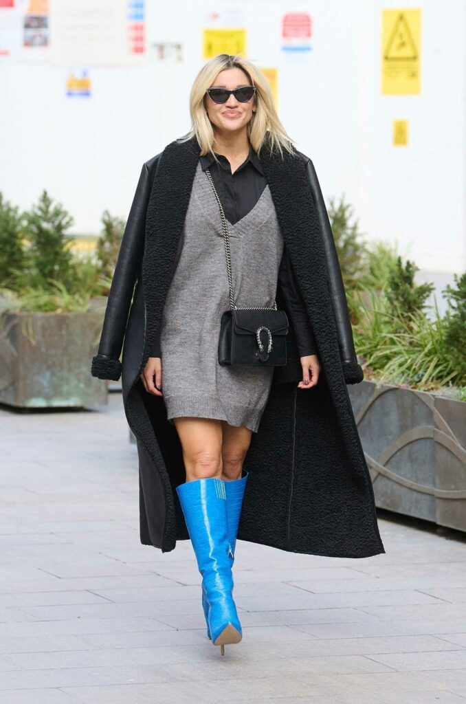 Ashley Roberts in a Blue High Heel Boots
