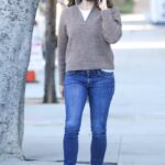 Jennifer Garner in a Blue Sneakers Chats on Her Phone in Los Angeles