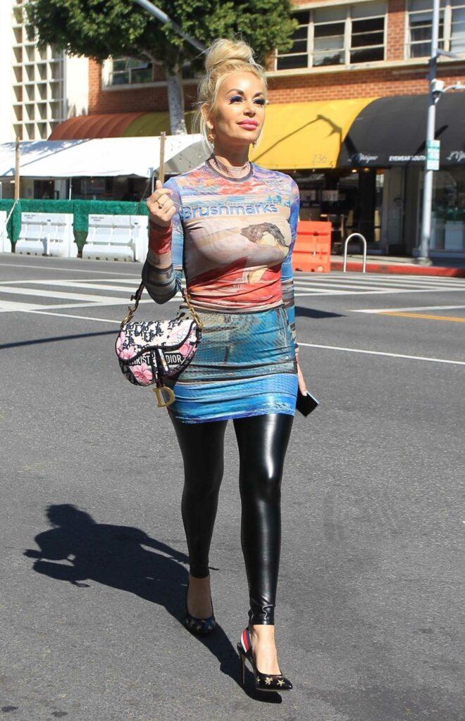 Marcela Iglesias in a Black Leggings