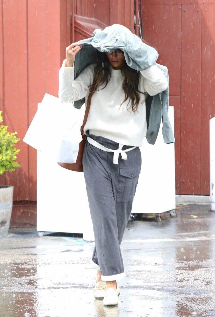 Jordana Brewster in a Grey Pants