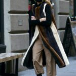 Olivia Palermo in a Black Protective Mask Was Seen Out in Dumbo, Brooklyn, New York