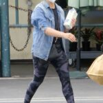 Sarah Michelle Gellar in a Denim Jacket Goes Shopping at Whole Foods in Los Angeles