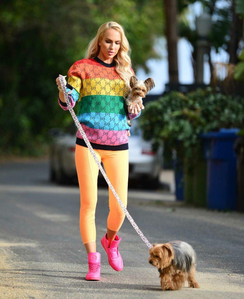 Christine Quinn in an Orange Leggings