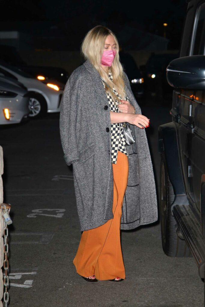 Hilary Duff in a Grey Coat