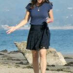 Jennifer Garner in a Black Skirt Was Spotted During a Fashion Photoshoot on the Beach in Santa Barbara