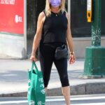 Goldie Hawn in a Black Tank Top Goes Shopping for Groceries at Manhattan's Midtown Area in NYC