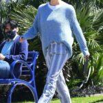 Jennifer Garner in a Striped Pants Was Seen Out in Santa Monica