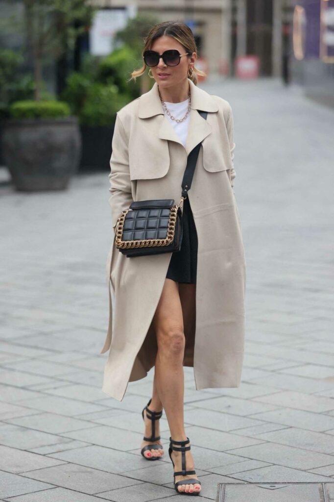 Zoe Hardman in a Beige Trench Coat