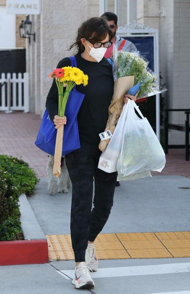 Jennifer Garner in a Black Outfit