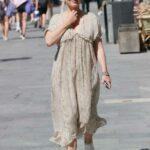 Kelly Brook in a Chiffon Snakeskin Print Dress Was Seen Out in London