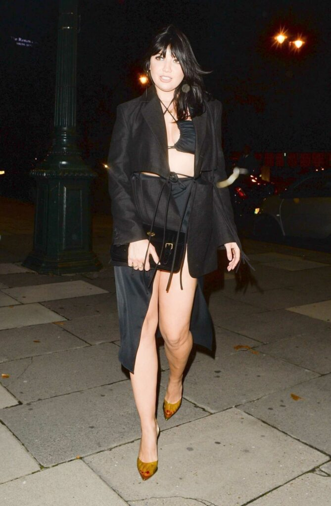 Daisy Lowe in a Black Outfit