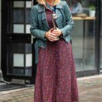 Kate Garraway in a Blue Leather Jacket Arrives at the Global Studios in London 09/10/2021