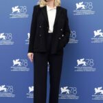 Kirsten Dunst Attends The Power of The Dog Photocall During the 78th Venice International Film Festival in Venice
