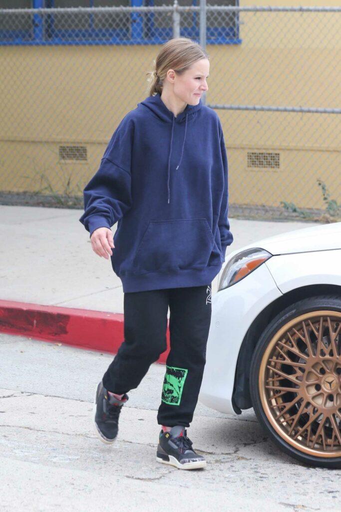 Kristen Bell in a Blue Oversized Hoodie