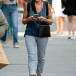 Sarah Jessica Parker in a Grey Pants Was Seen Out in New York