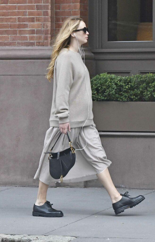 Jennifer Lawrence in a Grey Sweater