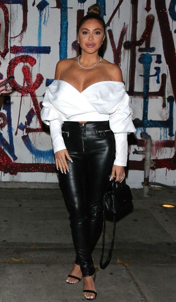 Larsa Pippen in a White Blouse