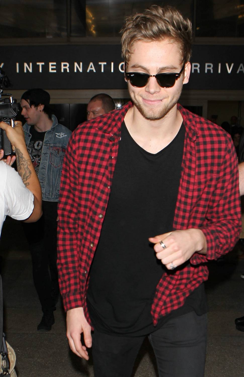 Seconds of Summer Arrive at LAX Airport-3