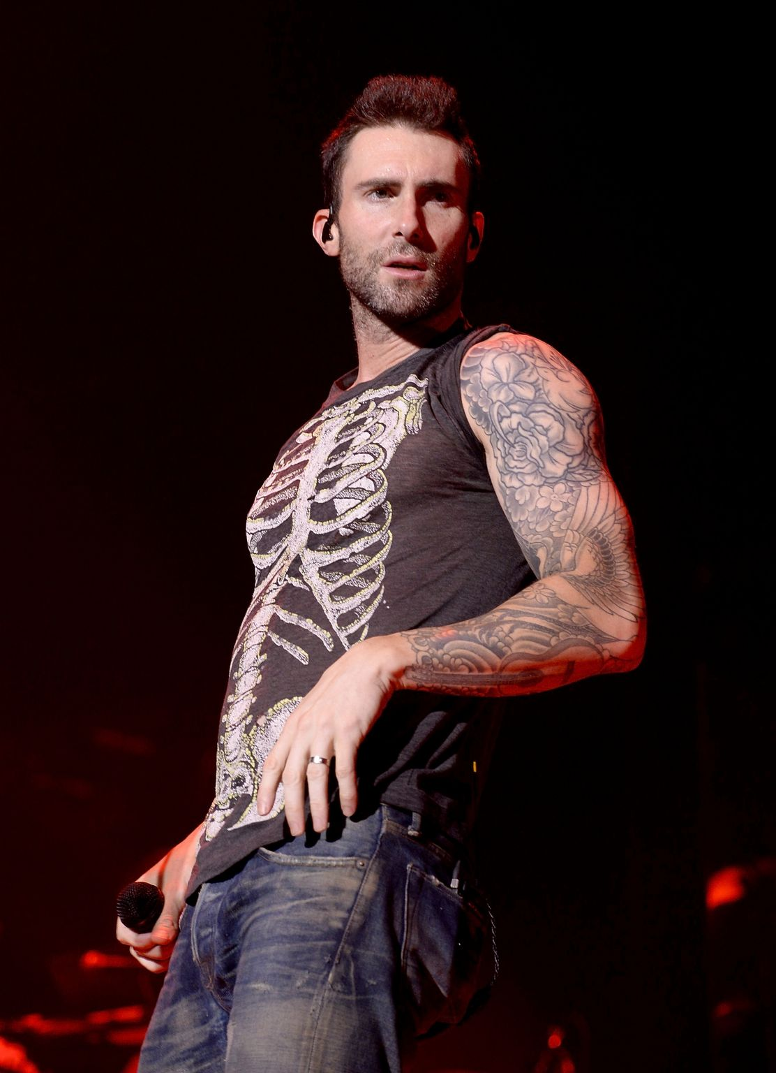 Adam levine and maroon in concert ate barclaycard center for Maroon 5 tattoos hindu
