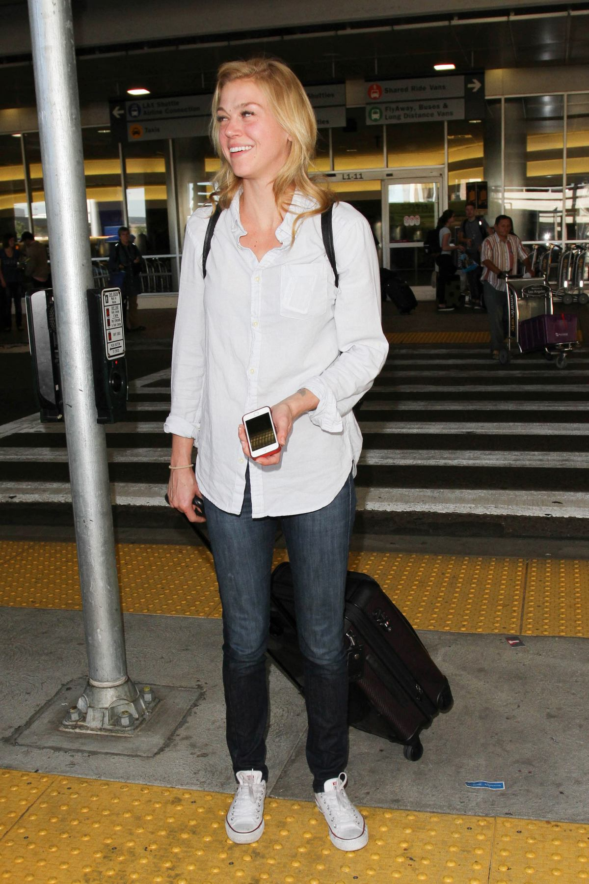 Adrianne Palicki Arrives at LAX Airport-2