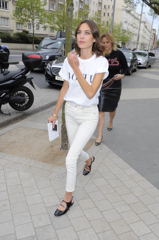 Alexa Chung attendse Vogue Festival Event-1