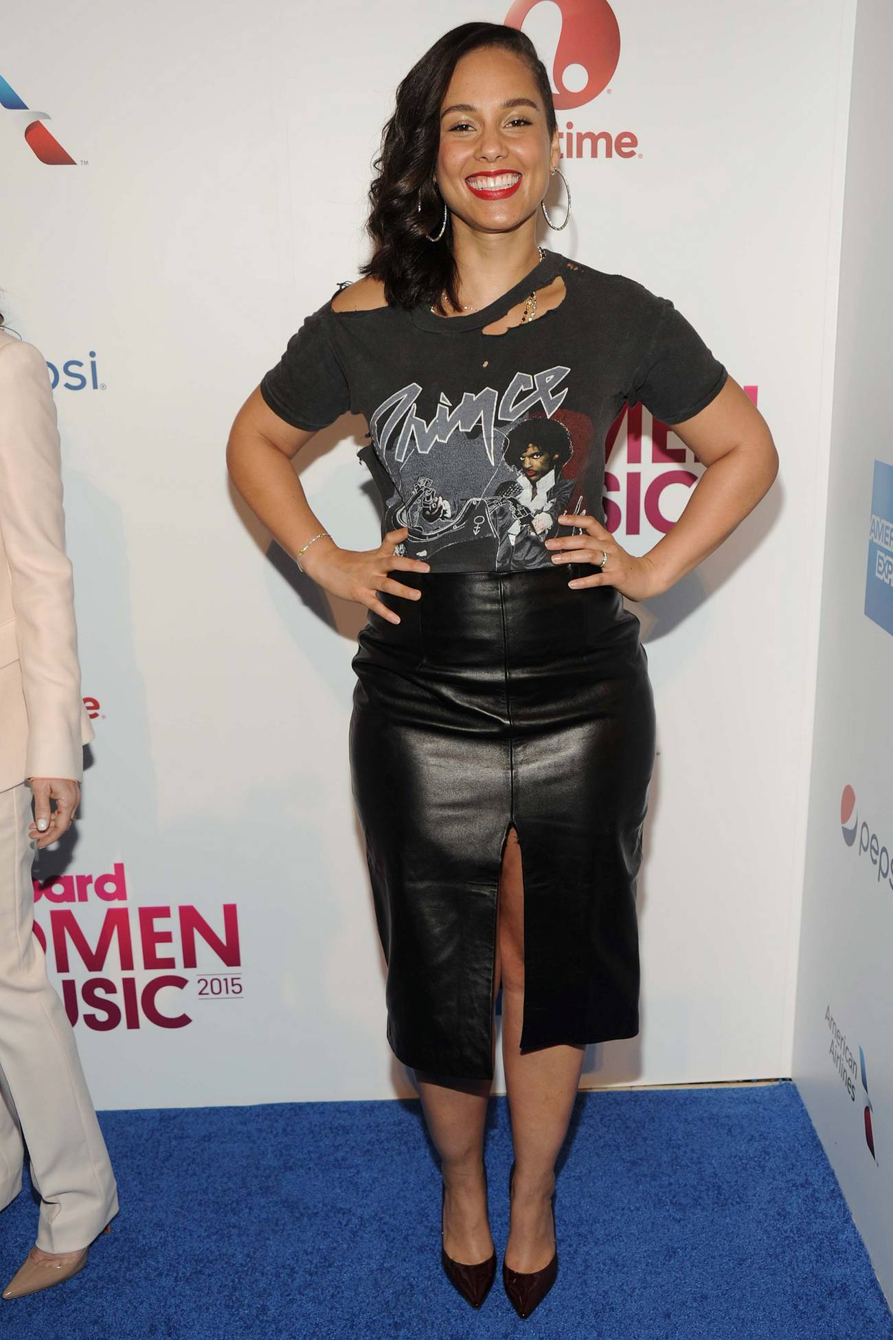 Alicia Keys arrives at Billboards Women in Music Event-1