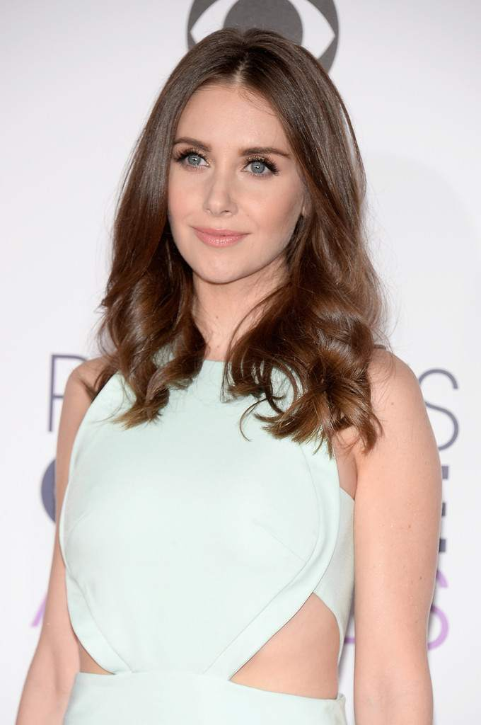 Alison Brie at Peoples Choice Awards on-1