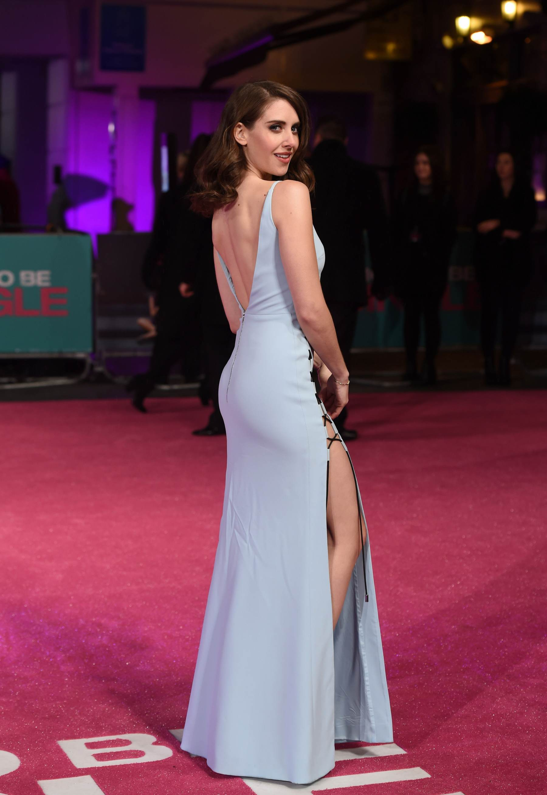 Alison Brie ate How To Be Single Premiere in London-1