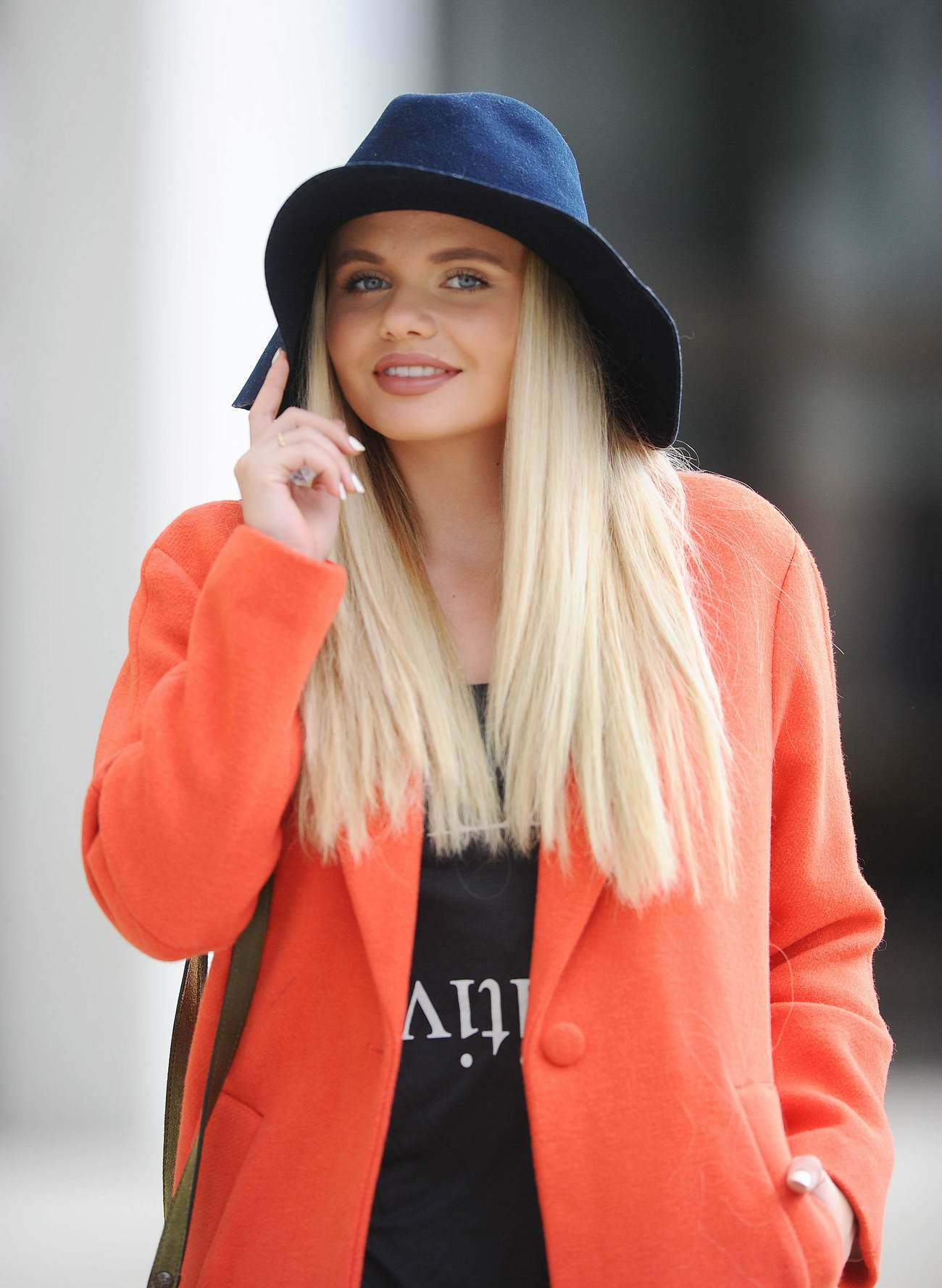 Alli Simpson Out in Los Angeles-2