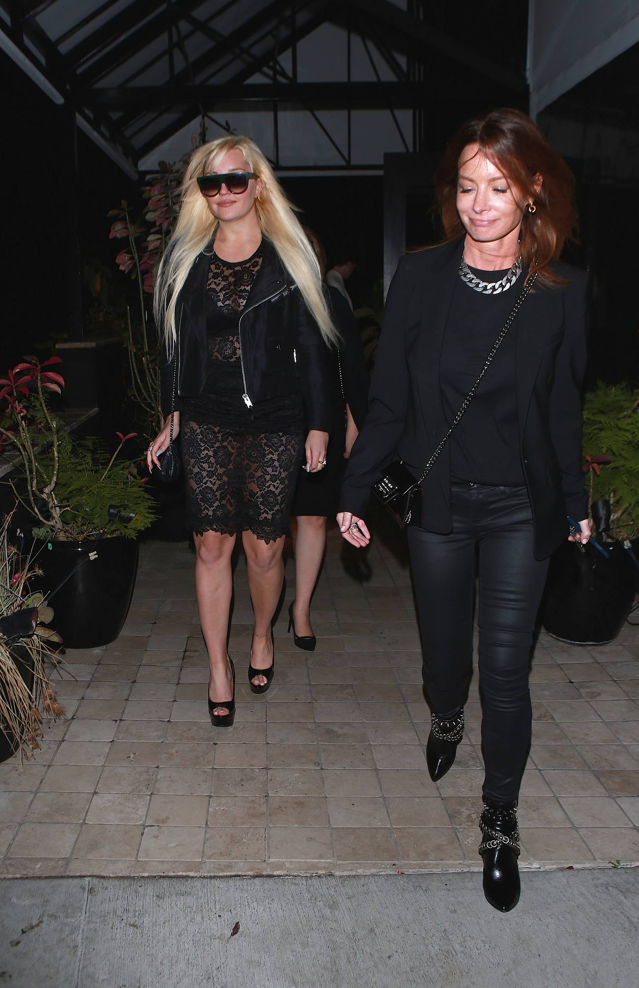 Amanda Bynes Leaving Diana Madisons Holiday Party-1