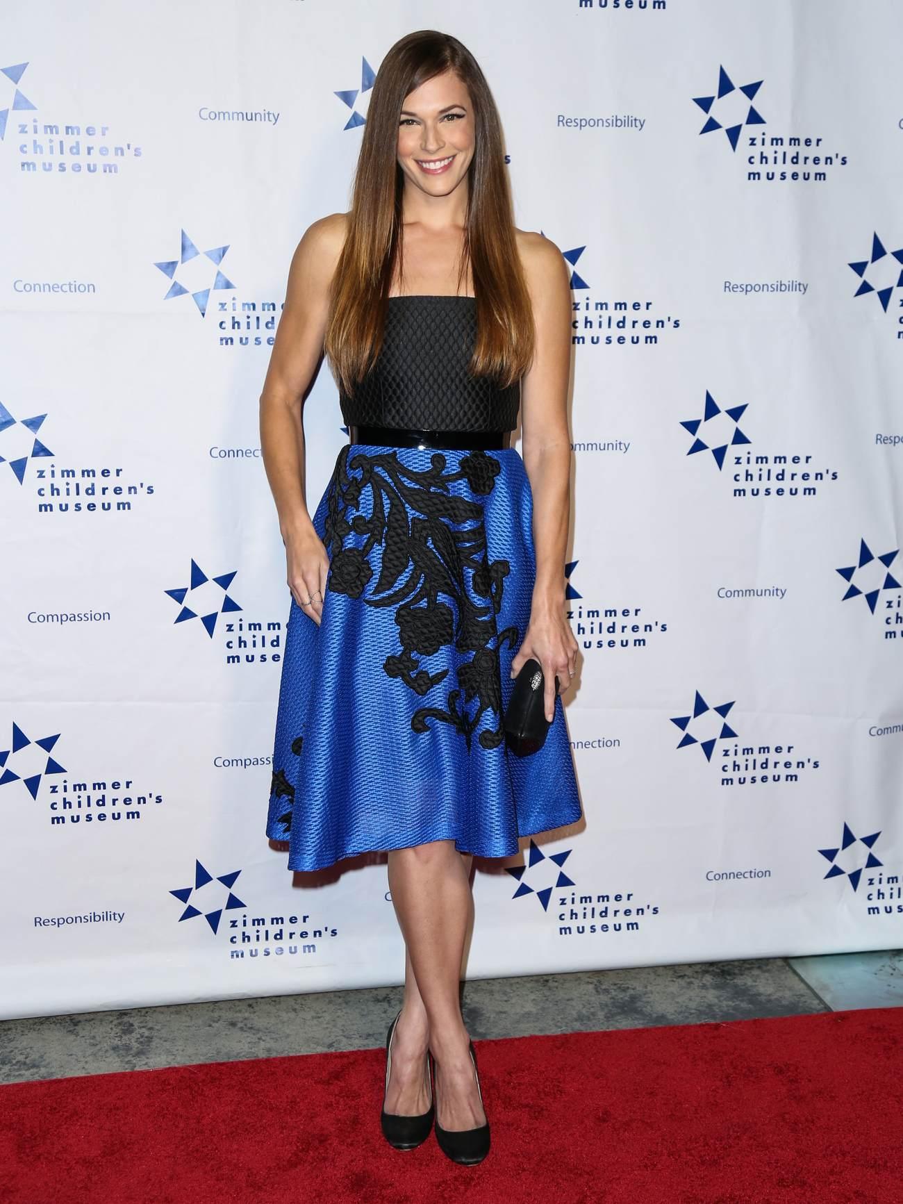 Amanda Righetti at Zimmer Childrens Museum Discovery Award Dinner-1