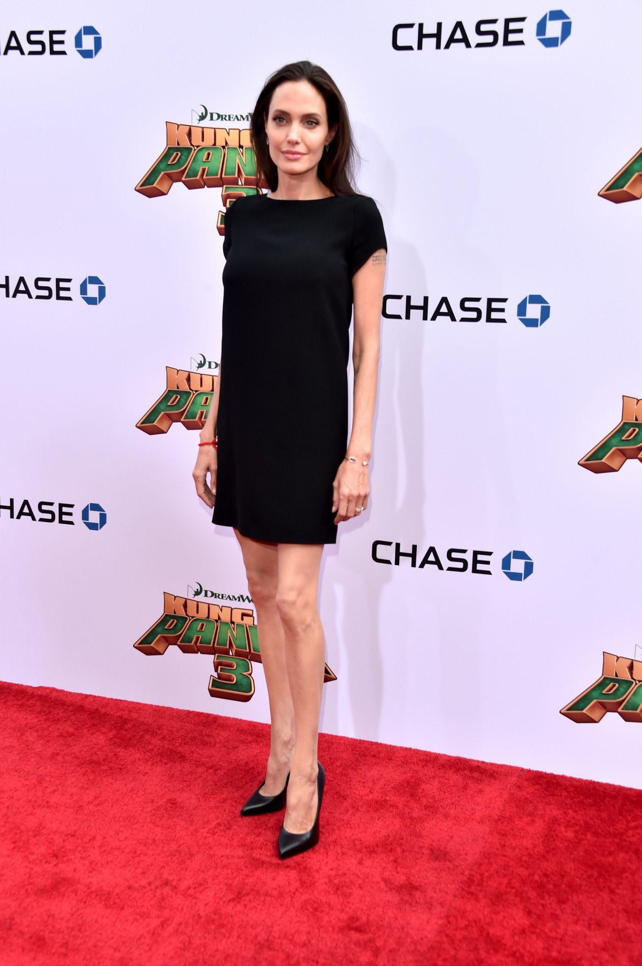 Angelina Jolie arrives at Kung Fu Panda Premiere-4