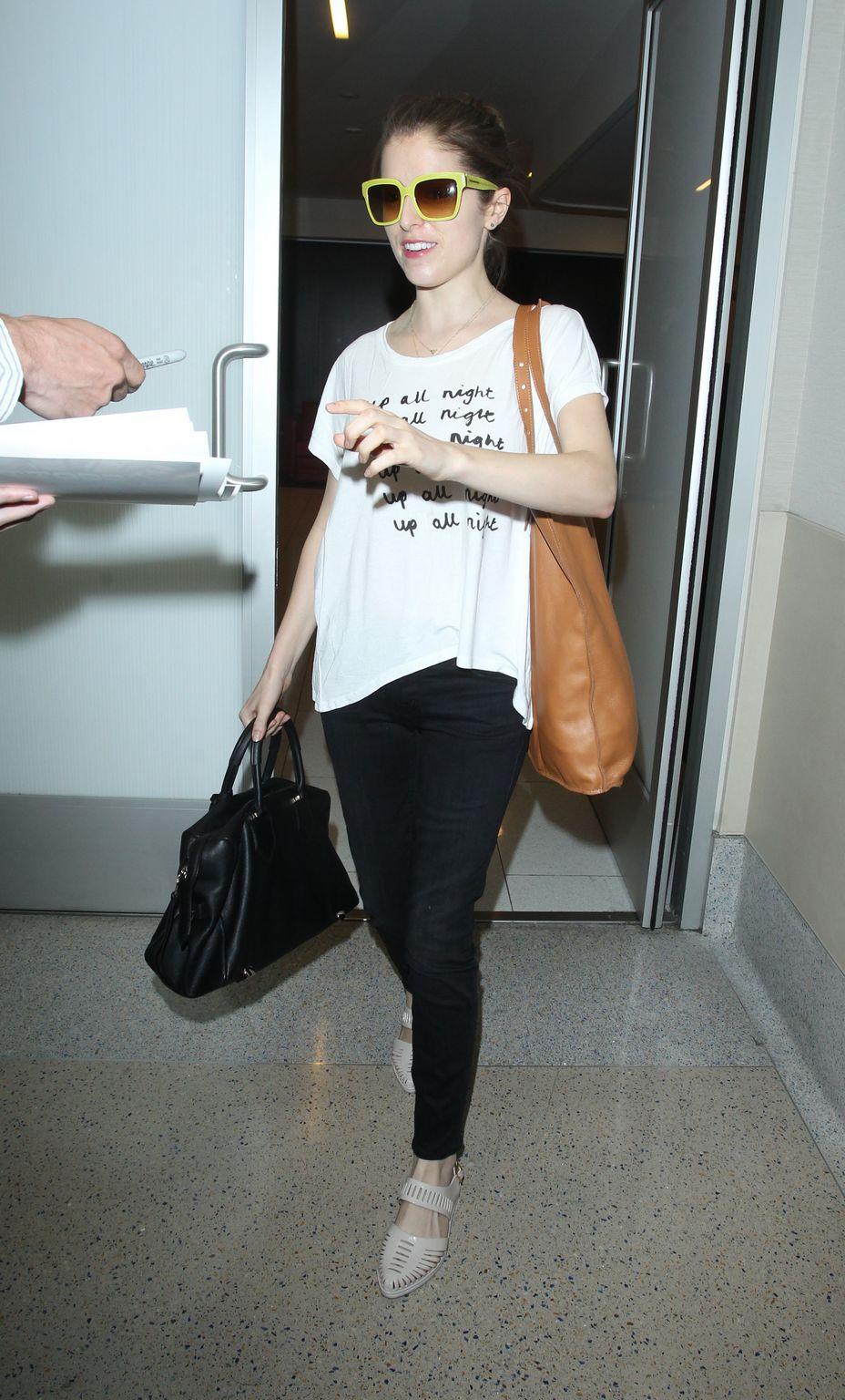 Anna Kendrick at LAX Airport-4
