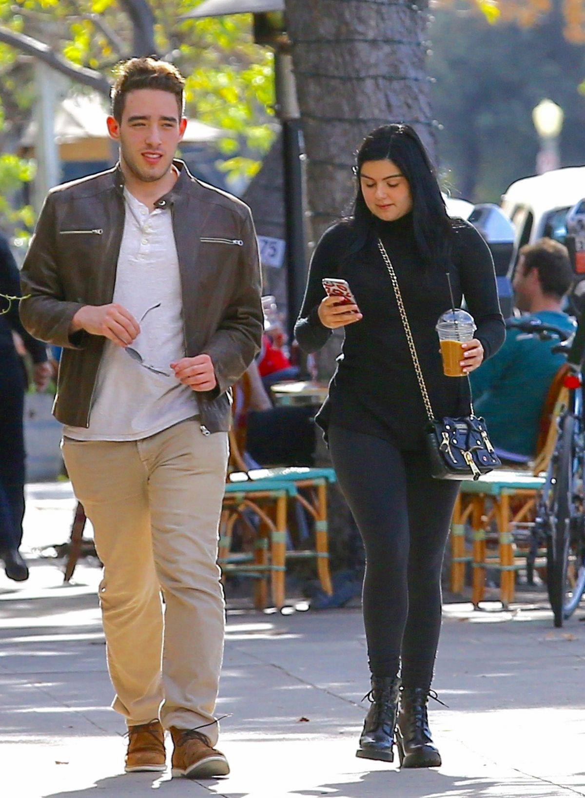 Ariel Winter spotted out with her boyfriend in Beverly Hills-3