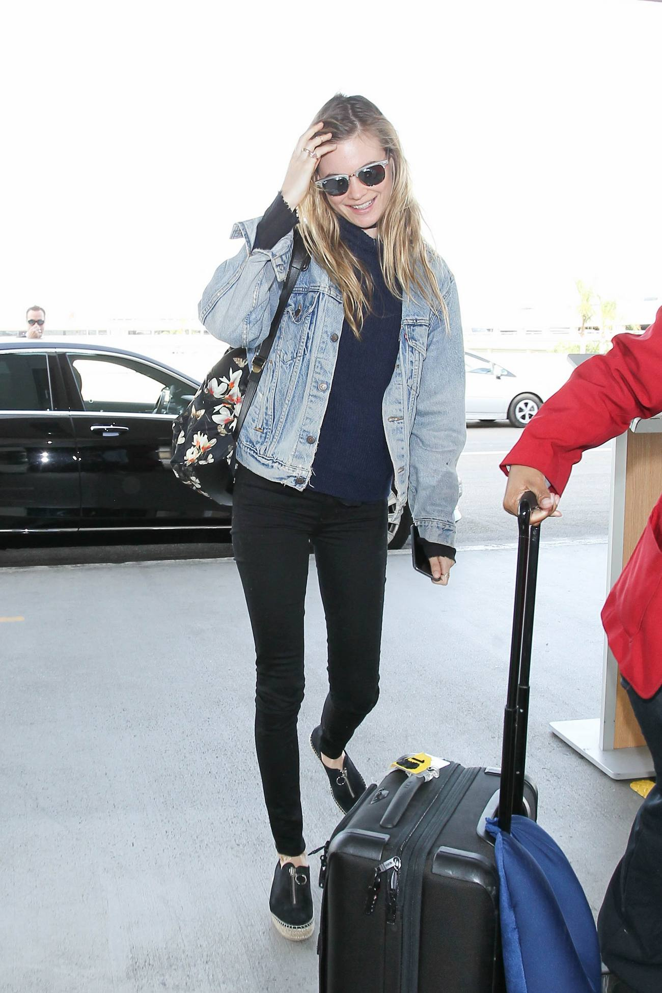 Behati Prinsloo Arrives at LAX Airport-1