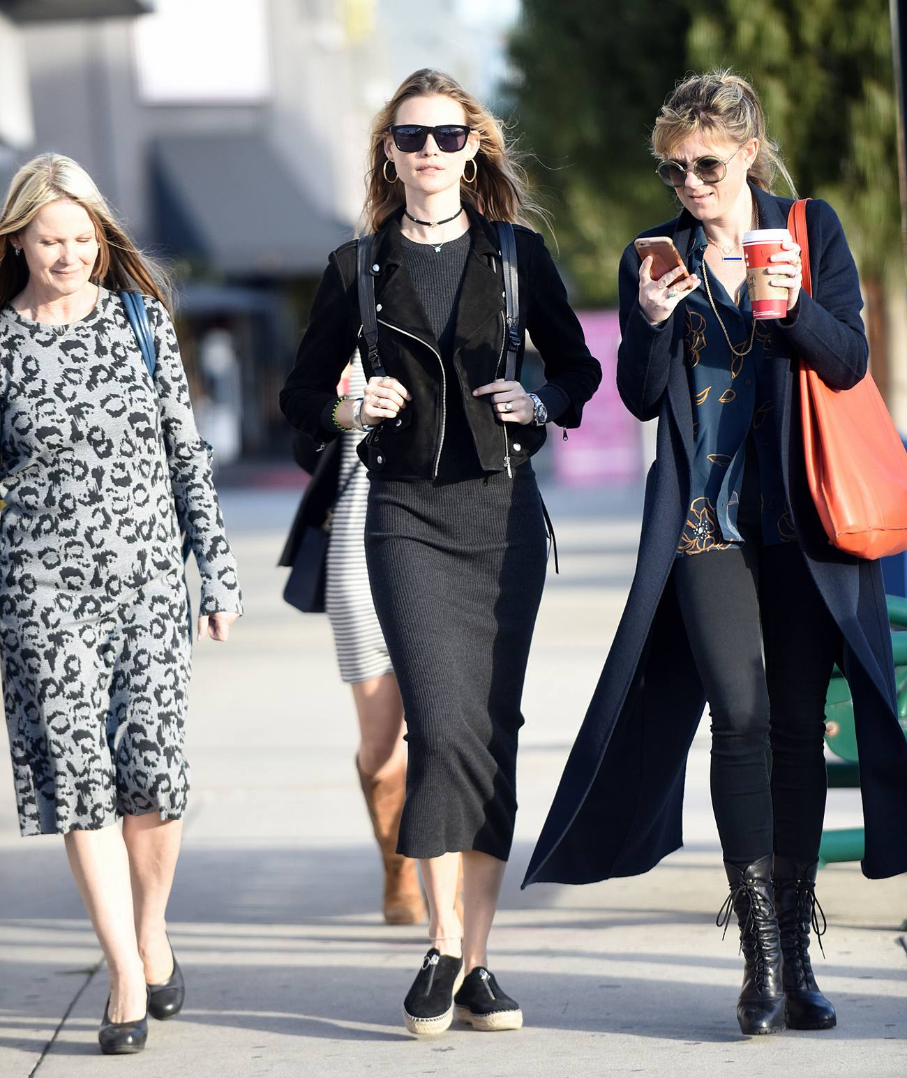 Behati Prinsloo Does Last Minute Shoppig with Her Mother Magda-4