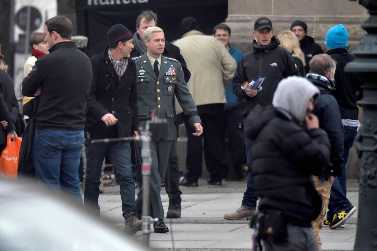 Brad Pitt Films War Machine in Berlin – Celeb Donut Ryan Gosling