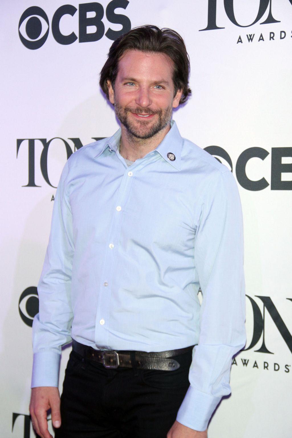Bradley Cooper at Tony Awards-4