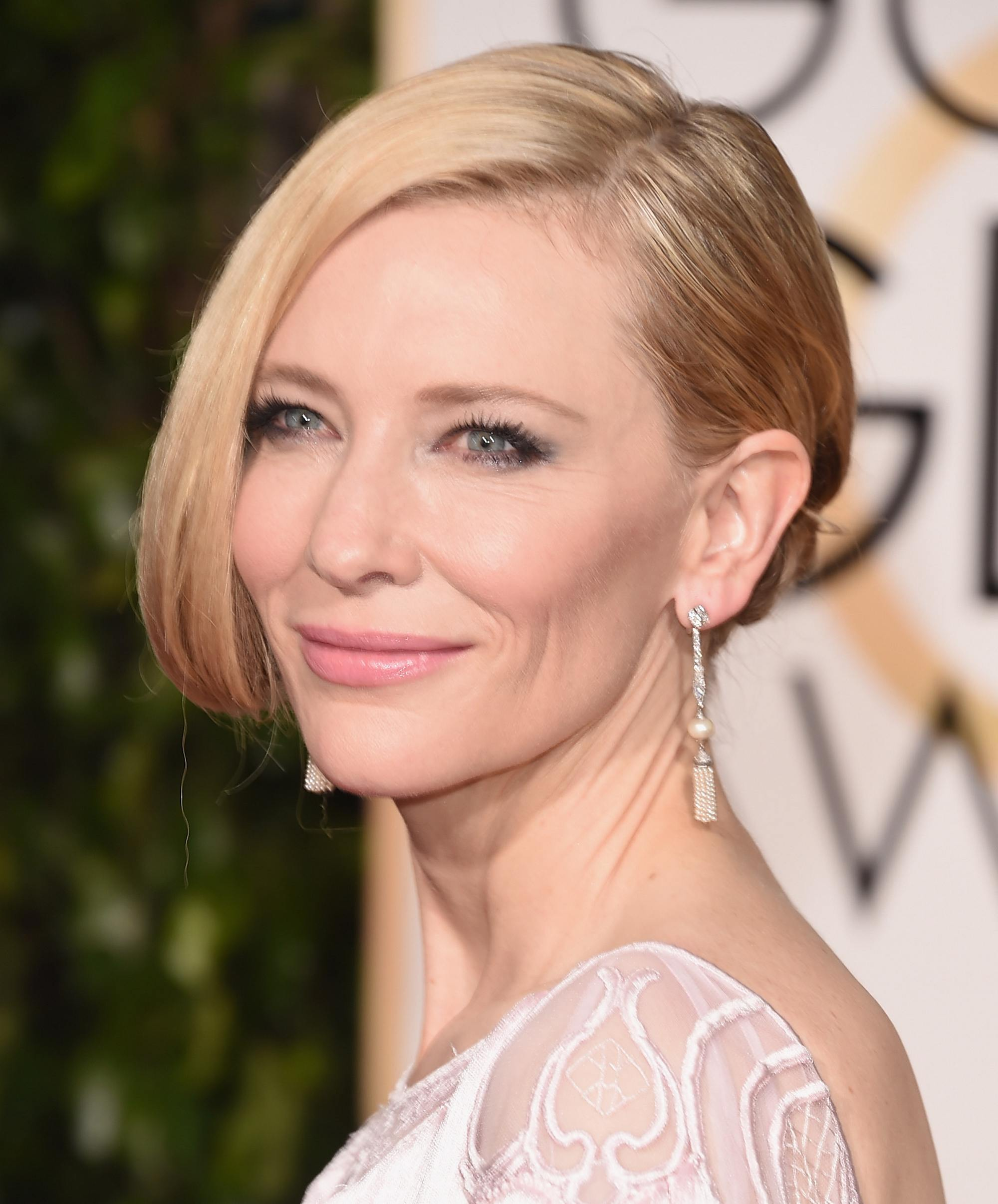 Cate Blanchett at Annual Golden Globe Awards-2