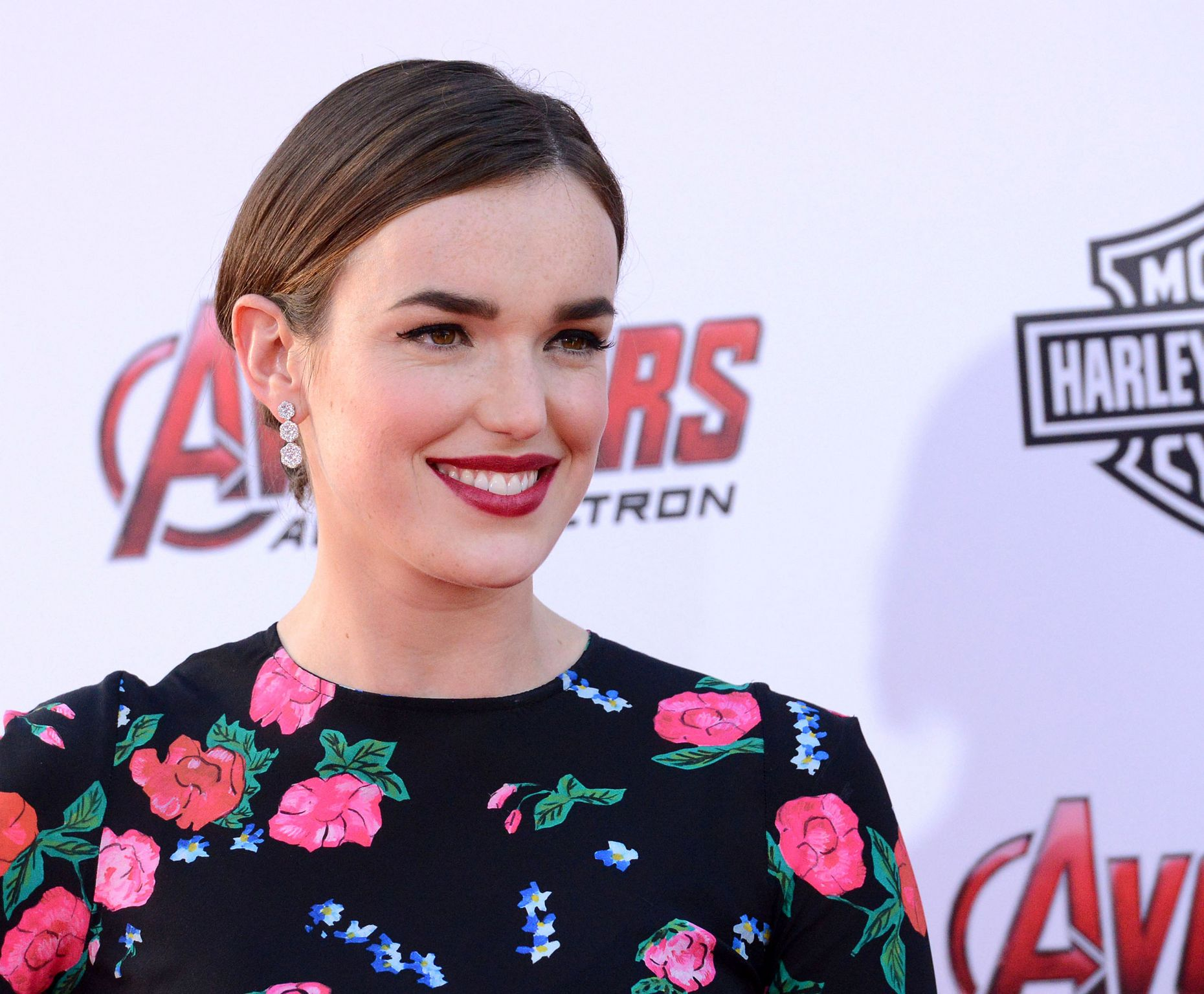 Chloe Bennet and Elizabeth Henstridge At Avengers: Age Of Ultron Los Angeles Premiere-4