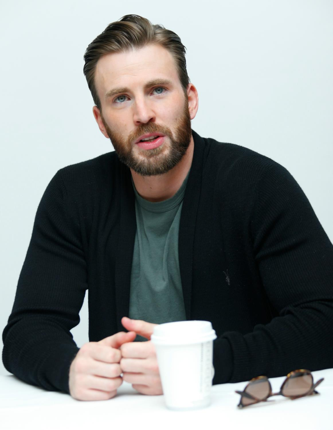 Chris Evans at The Avengers: Age of Ultron Press Conference-3