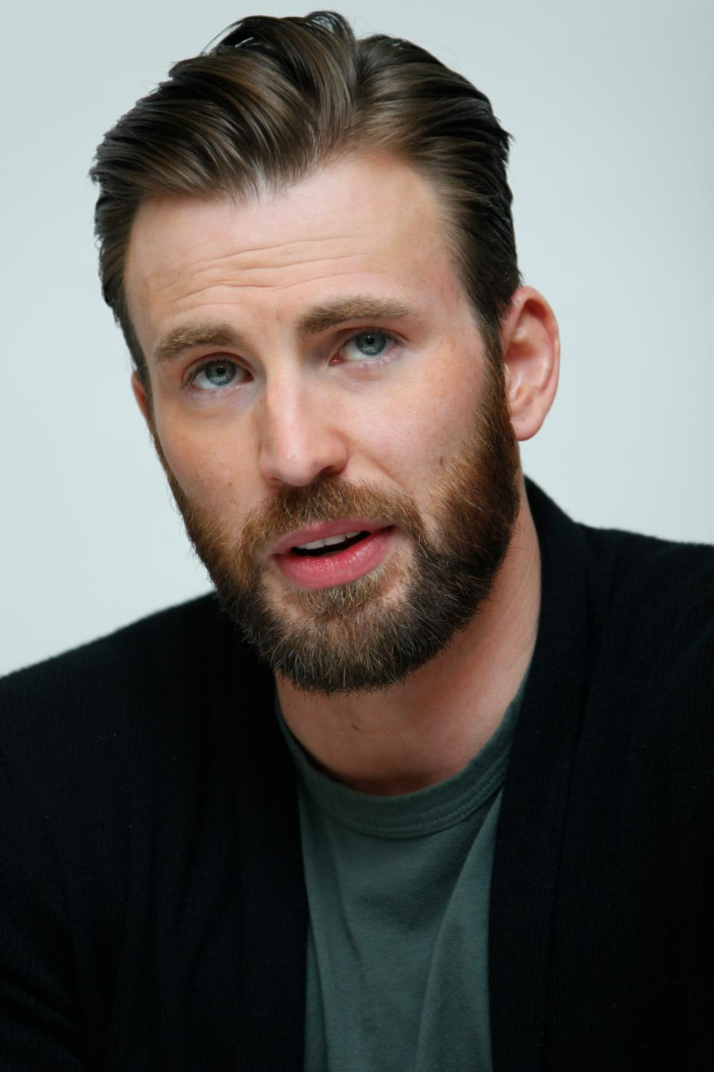 Chris Evans at The Avengers: Age of Ultron Press Conference-4