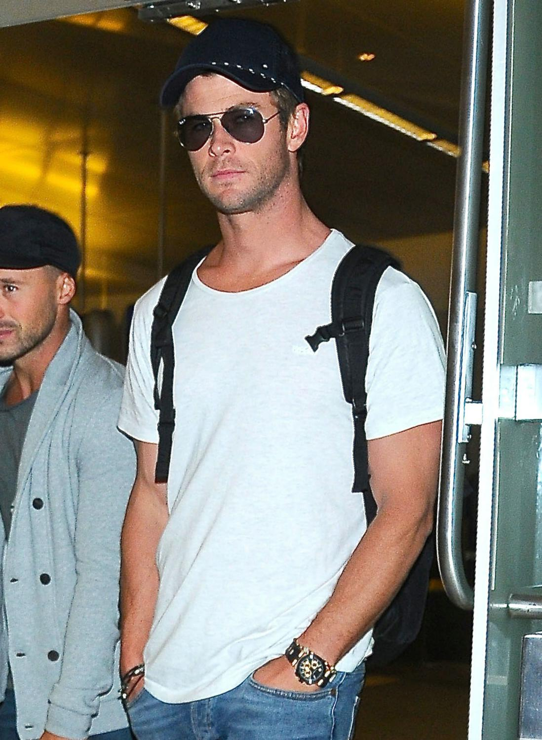 Chris Hemsworth arriving on a flight at LAX Airport-1