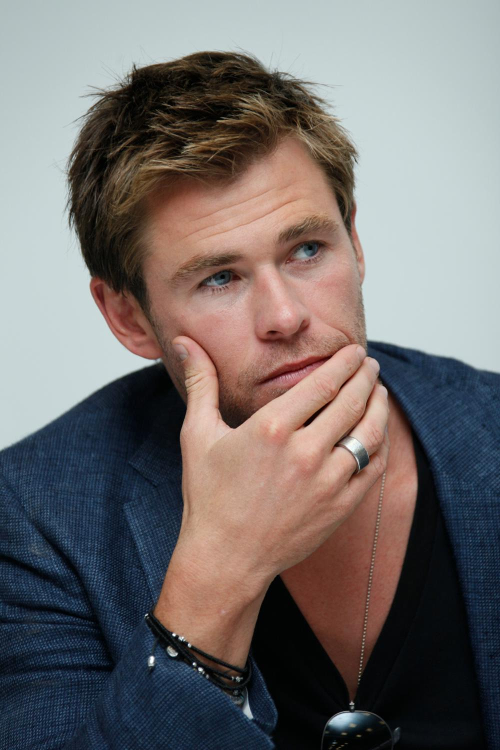 Chris Hemsworth at The Avengers: Age of Ultron Press Conference-1