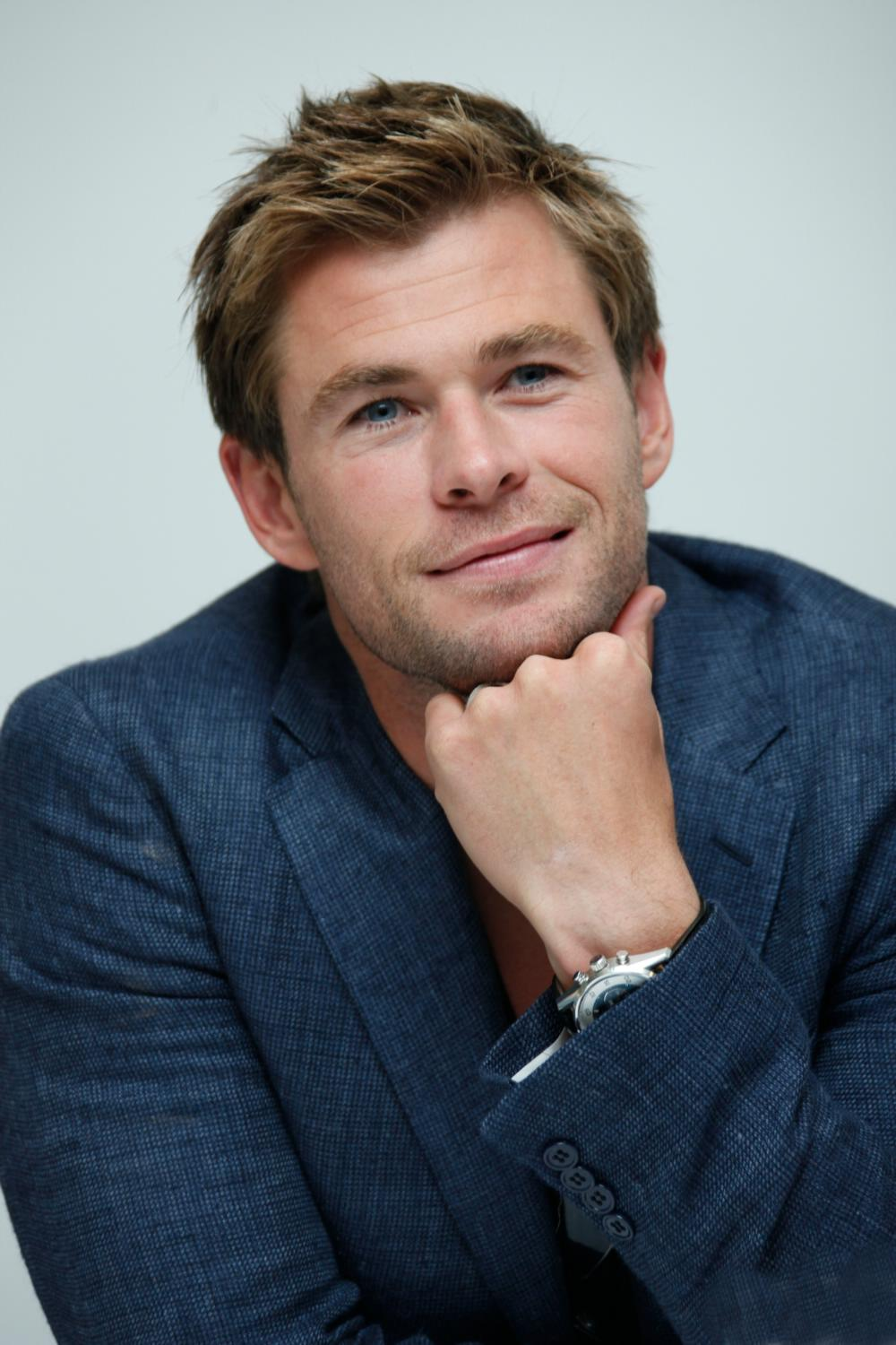 Chris Hemsworth at The Avengers: Age of Ultron Press Conference-4