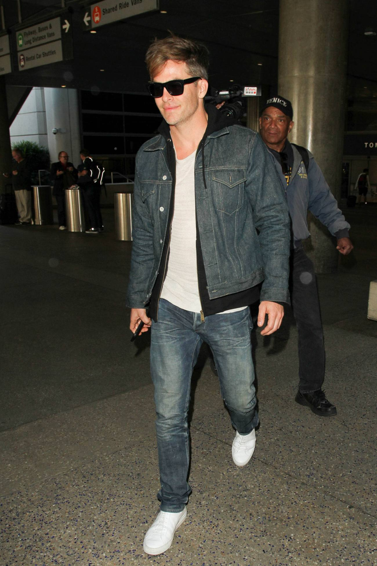 Chris Pine Arrives at LAX Airport